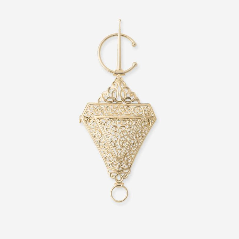 Broche-beldi-traditionnel-Mounier-et-bouvard-or-jaune-18-carats-bijouterie-traditionnelle-maroc-bijoux-beldi
