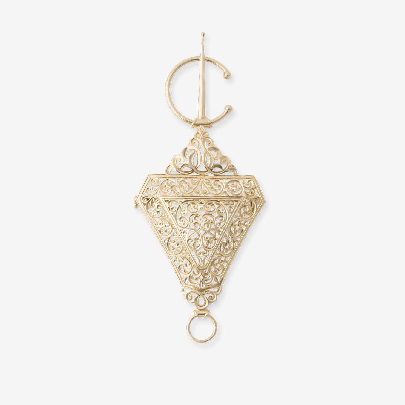 Broche-beldi-traditionnel-Mounier-et-bouvard-or-jaune-18-carats-bijouterie-traditionnelle-maroc-bijoux-beldi